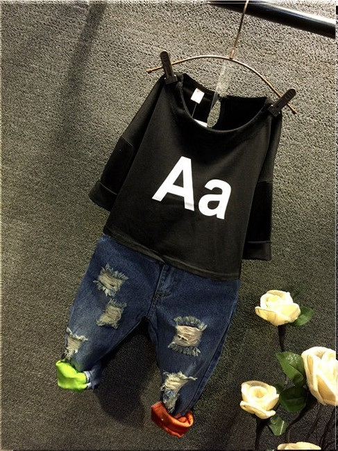 1-6 years -Spring/Summer Rip jeans style + black t-shirt for baby boys islamabad online shop